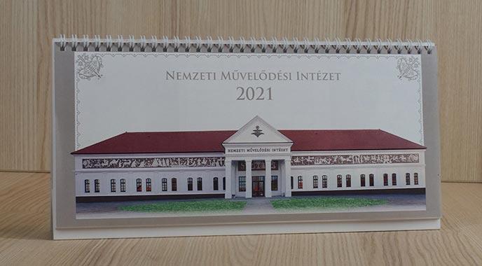 2021-es Arculatos naptár